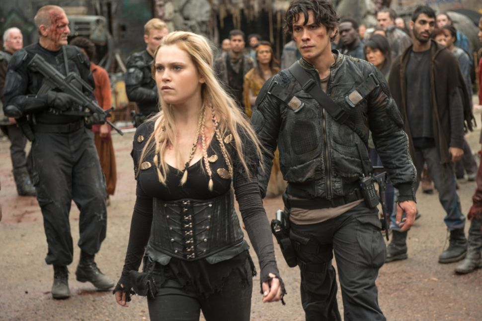 'The 100' Season 4 Premiere Recap: The Youth Have Inherited the Earth