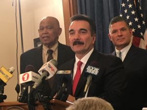 Assembly Speaker Vincent Prieto, center, with Assemblyman Jerry Green, left, and Majority Leader Lou Greenwald.