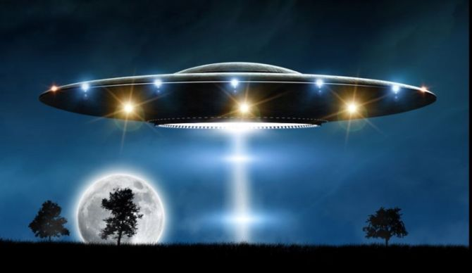 Americans Are 300× More Likely to Report UFO Sightings Than the Rest of the World
