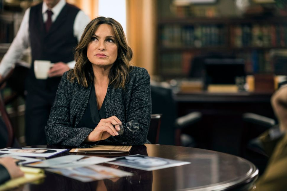 'Law & Order: SVU' 18×10 recap: For its 400th Episode, One Mother of a Story