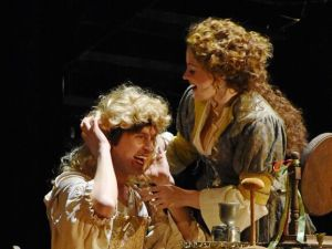 Michael Kelly and Maeve Höglund in 'Prince of Players'