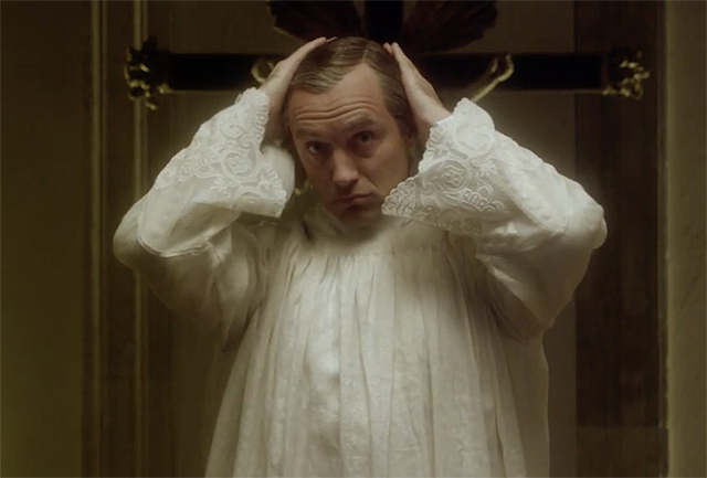A List of My Favorite Completely Bonkers 'Young Pope' Moments