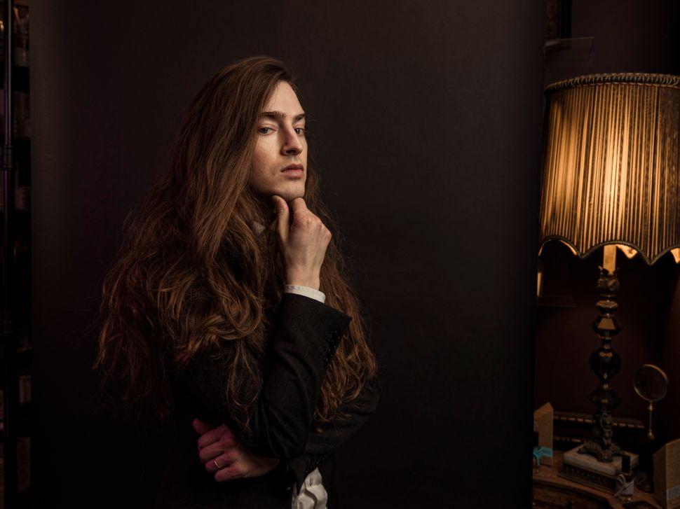 Meet the 'A' List Makeup Guru Edward Bess