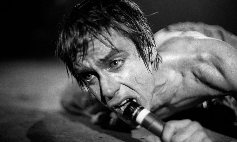Iggy Pop Reinvented the Male Rock Star on His Solo Debut 'The Idiot'