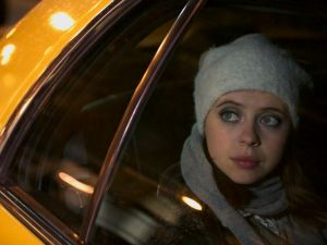 Bel Powley as Carrie Pilby.