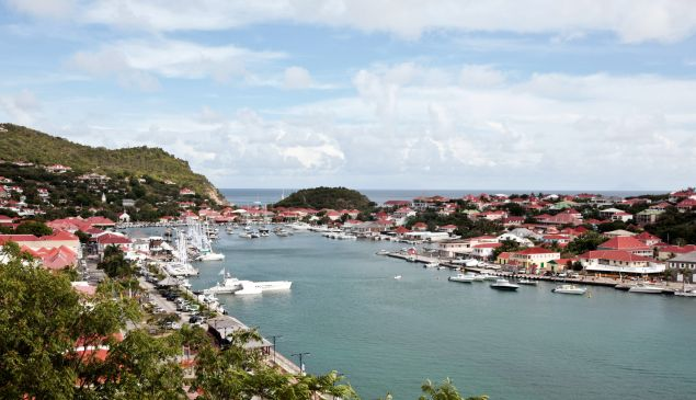 The Gustavia harbour on Saint-Barthelemy island. AFP PHOTO CYRIL FOLLIOT (Photo credit should read )