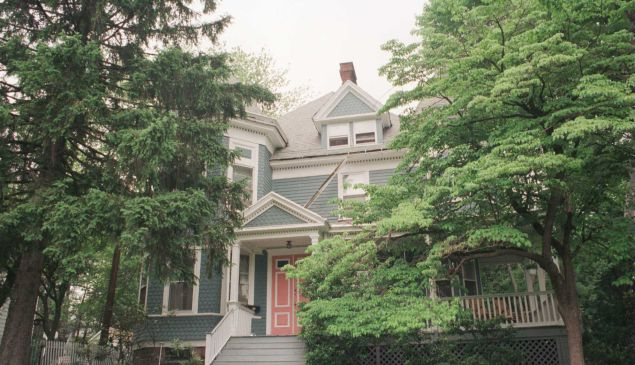 The house where actor Tom Cruise grew up in New Jersey, c. 1980.