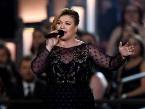Kelly Clarkson is ready to break away form her Hendersonville estate.