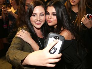 Selfie users obviously love Instagram, especially ones with Selena Gomez.