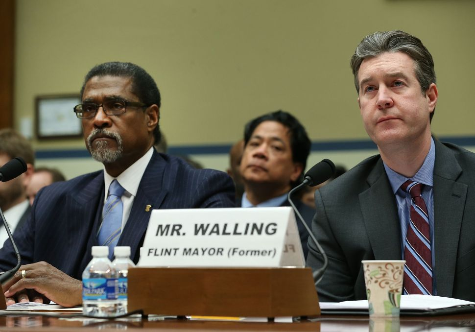 The Drink: Former Mayor of Flint Shares His Experience of the Flint Water Crisis