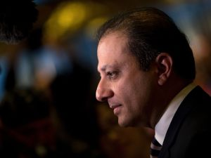 NEW YORK, NY - NOVEMBER 30: Preet Bharara, U.S. Attorney for the Southern District of New York, speaks briefly to reporters at Trump Tower, November 30, 2016 in New York City. President-elect Donald Trump and his transition team are in the process of filling cabinet and other high level positions for the new administration.