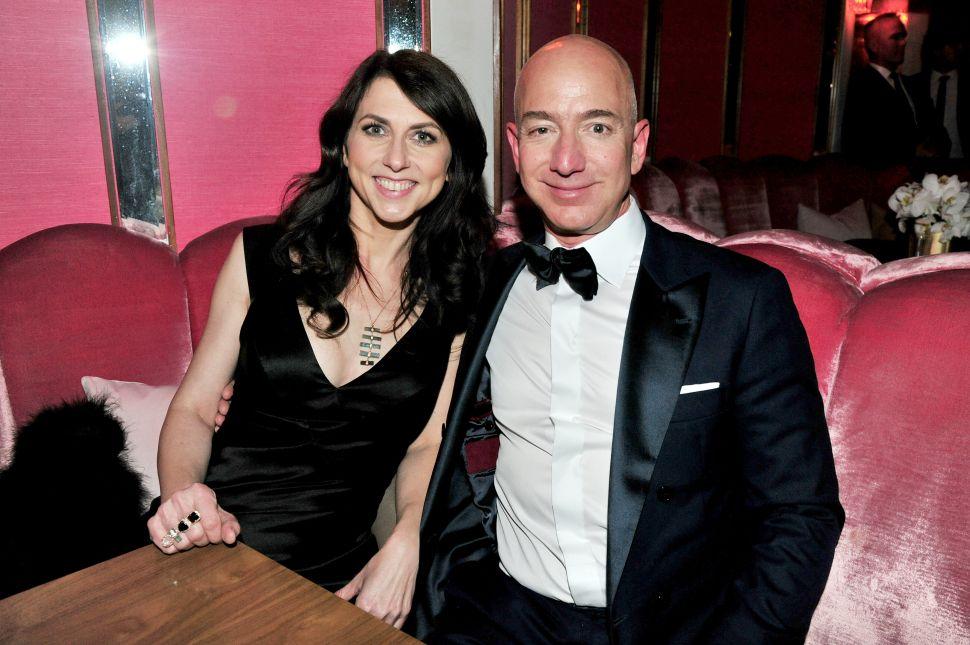 Jeff Bezos' Ex-Wife, MacKenzie Bezos, Withdraws $370M From $36B Divorce Package