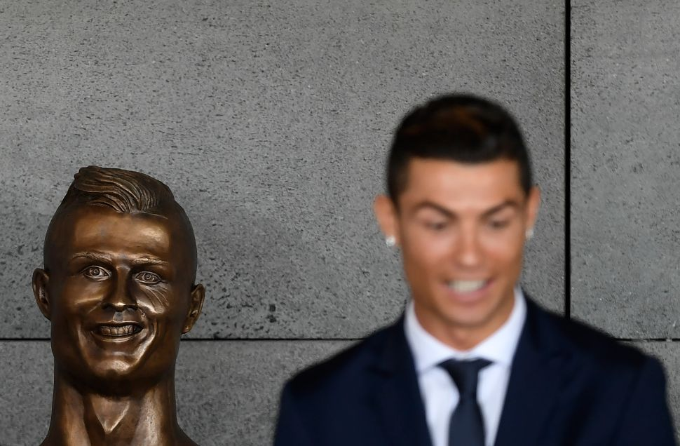 Come on, That Cristiano Ronaldo Sculpture Isn't That Bad