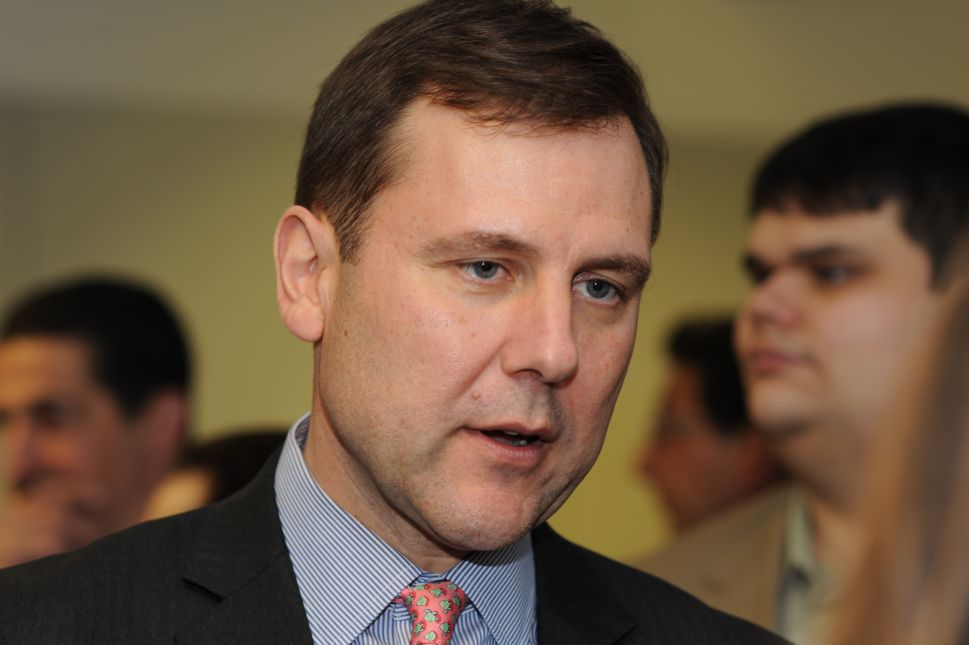 Kean Set for Another Term as Senate GOP Leader