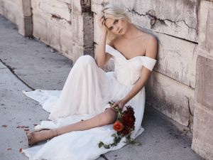 A bridal look from Floravere.