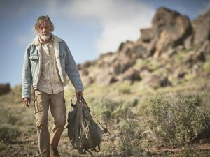 Scott Glenn as Kevin Garvey Sr.
