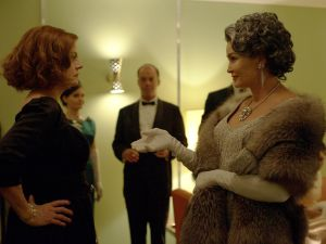 Susan Sarandon as Bette Davis and Jessica Lange as Joan Crawford.