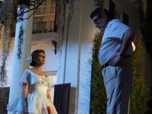 Susan Sarandon as Bette Davis and Alfred Molina as Robert Aldrich.