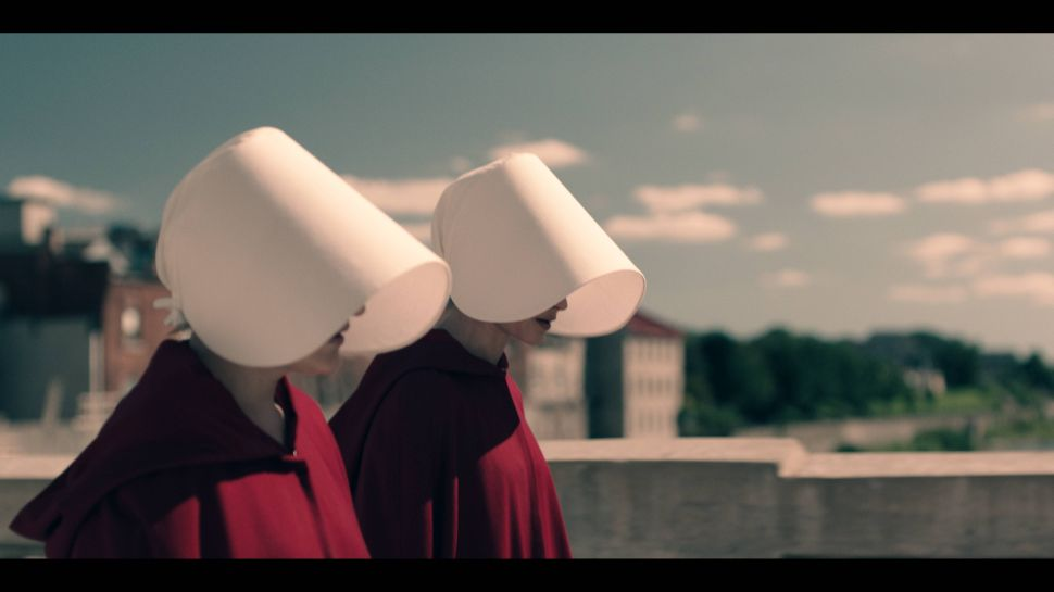 'The Handmaid's Tale' Recap 1×01: Welcome to Your Dystopia
