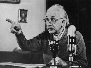 circa 1955: Mathematical physicist Albert Einstein (1879 - 1955) delivers one of his recorded lectures.