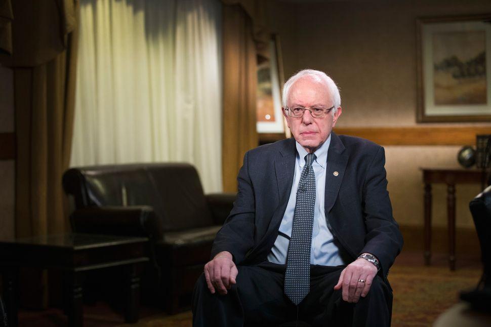 Democrats' Favorite Conspiracy Theorist Calls Sanders 'Russian Agent of Influence'