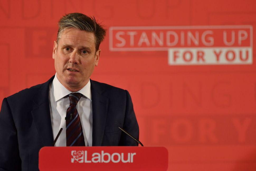 Brits in Brexit Hysterics: Labour Party's EU Love Affair Is Treasonous