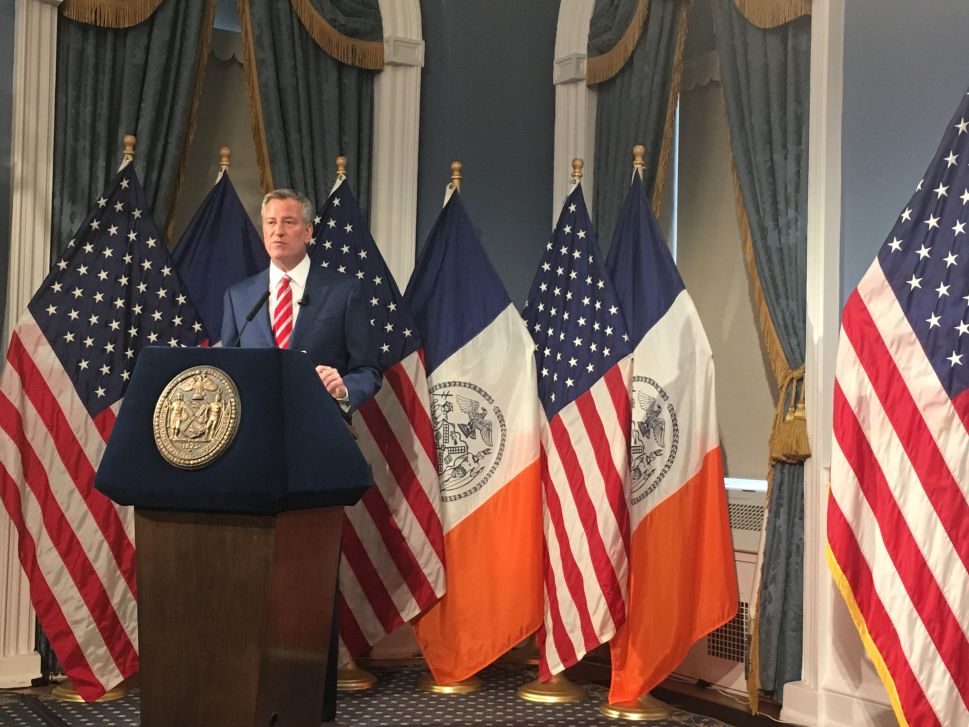 NYC Mayor Scoffs at Donald Trump's Plan to Eliminate State and Local Tax Exemptions