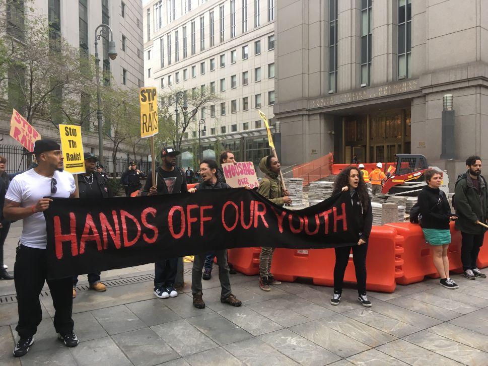 Anti-Broken Windows Group to Manhattan DA: Pick 'Non-Police' Approach to Fare Beating