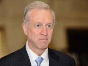 The gubernatorial campaign of N.J. Assemblyman John Wisniewski is replacing its campaign manager.