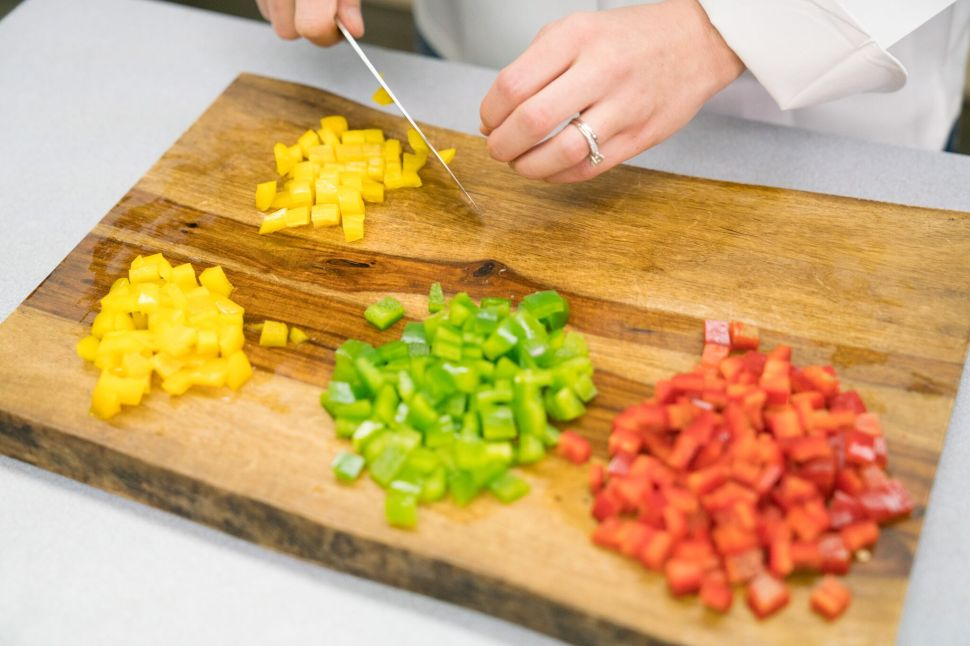 This Salad-Making Robot Is the First Step Toward the Kitchen of the Future