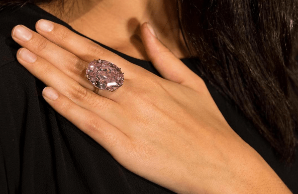 A 'Pink Star' for Every Budget: 11 Fine Jewelry Picks From $5K to $5M