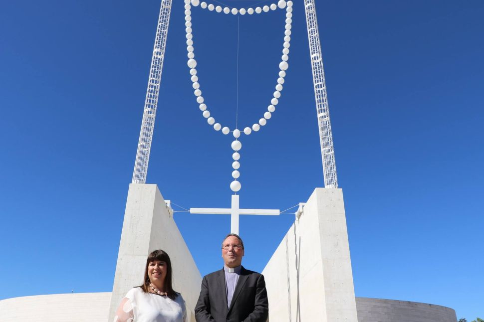 A Giant Glow-in-the-Dark Rosary to Greet the Pope in Portugal