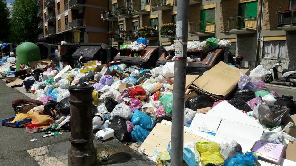 The People of Rome Are Using Social Media to Show Their City Is Literally Garbage