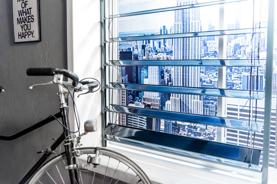 These Solar Panel Blinds Will Power Your Home and Reduce Your Electric Bill by 70%