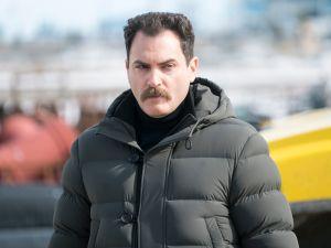 Michael Stuhlbarg as Sy Feltz.