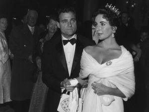 Of course Elizabeth Taylor rocks a crown in Cannes.