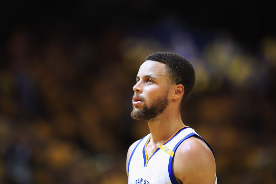 Too Pretty to Play? Stephen Curry and the Light-Skinned Black Athlete