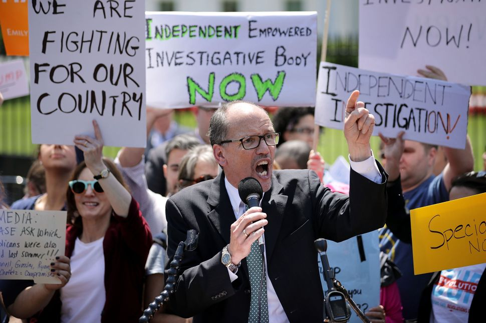 Tom Perez Bombs Speech, California Dem Chair Tells Protesters 'Shut the Fuck Up'