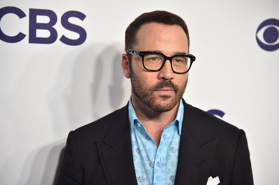 Even Ari Gold Would Approve of Jeremy Piven's Malibu Beach House