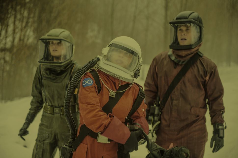 'The 100' Season 4 Finale: Life After the Storm
