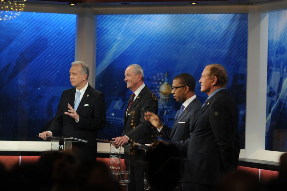 NJ Gov Race: The Candidates Go Out In Jersey Style