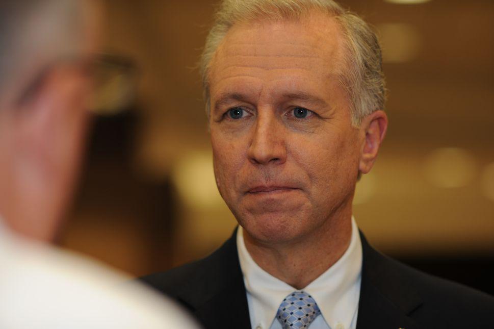 Wisniewski Sues Christie for Plan to Borrow $250 Million for Trenton Office Buildings