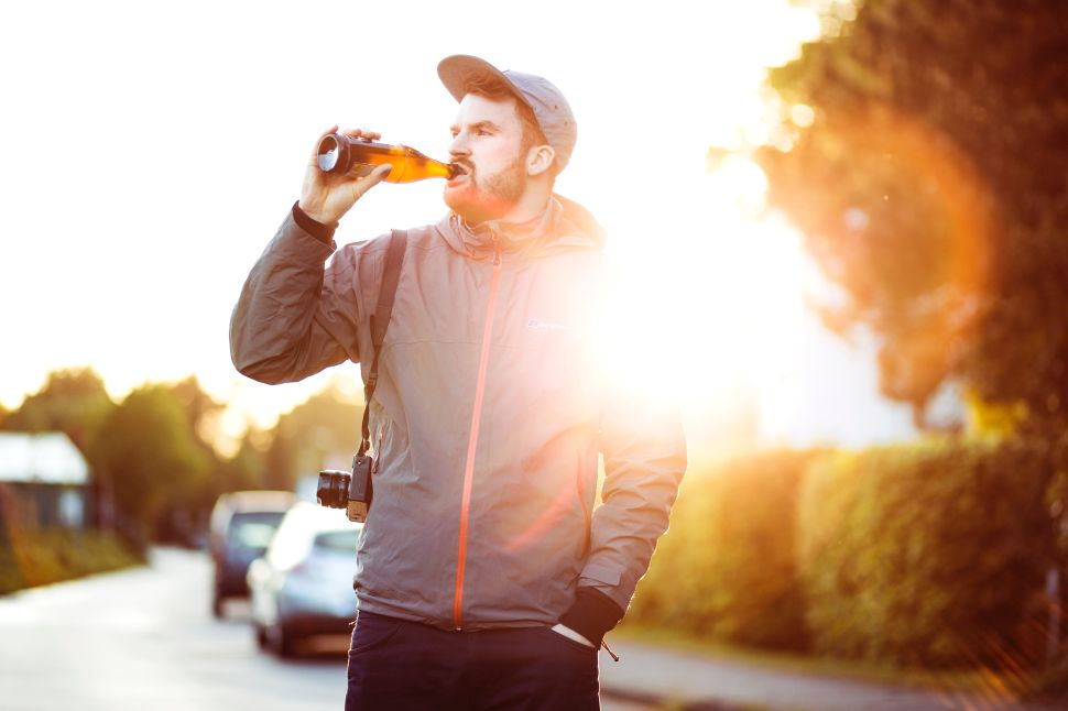 How to Drink Socially Without Sabotaging Your Fitness Goals