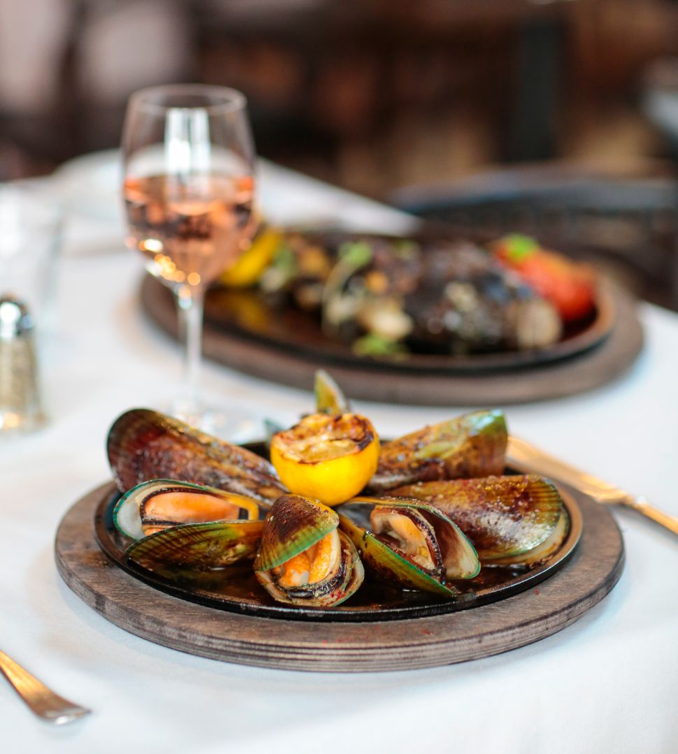 The Hottest Hamptons Restaurants for Summer 2017