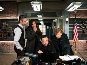 "Peter Scanavino as Dominick ""Sonny"" Carisi, Jr., Mariska Hargitay as Olivia Benson, Ice-T as Odafin ""Fin"" Tutuola and Kelli Giddish as Amanda Rollins on Law & Order: SVU."