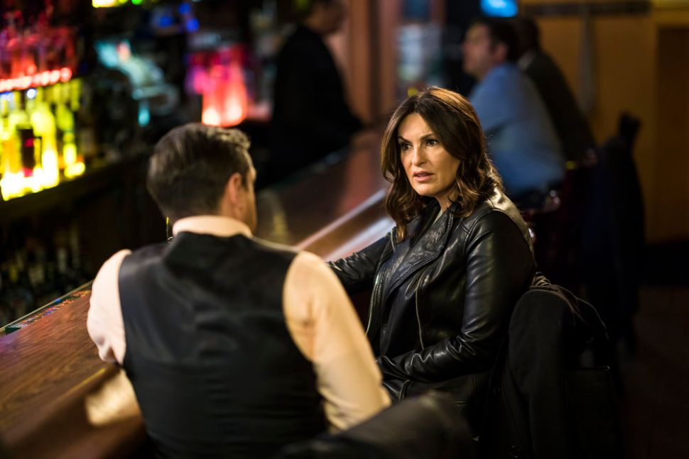 'Law & Order: SVU' Recap 18×18: Be Careful What You Search For