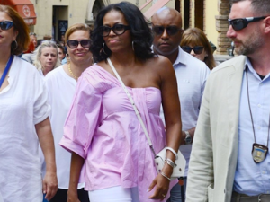 Michelle Obama living her best vacation life.