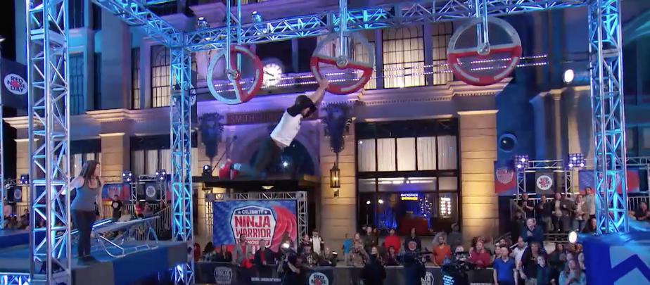 Stephen Amell Crushes 'American Ninja Warrior' Course, Is IRL Superhero