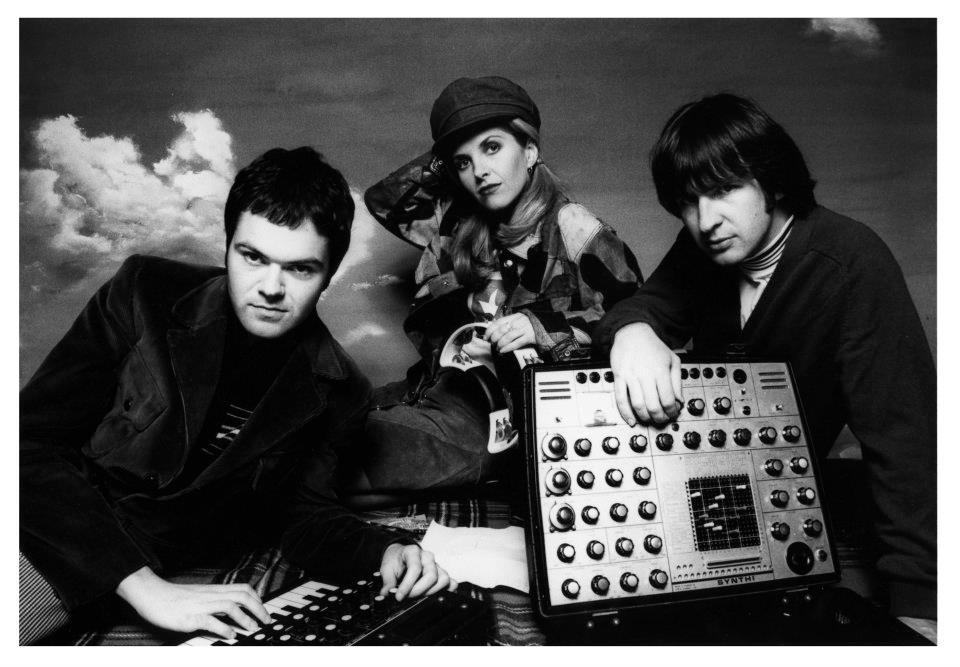 Song Premiere: Saint Etienne, 'Magpie Eyes' (Confidence Man Remix)