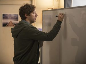 Thomas Middleditch playing Richard Hendricks on episode 29 of HBO's Silicon Valley.